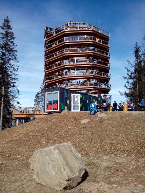 Spiralna wieża widokowa w Osadzie Bachledka